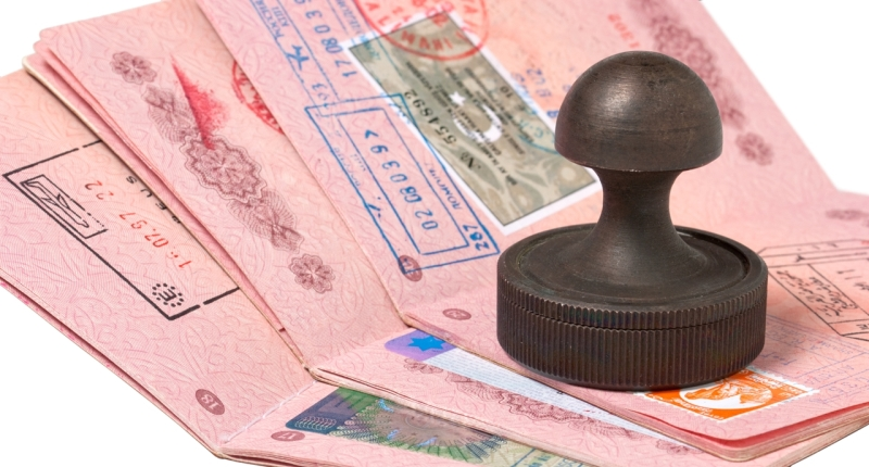 Могут ли ранее судимые рассчитывать на получение шенгенской визы?